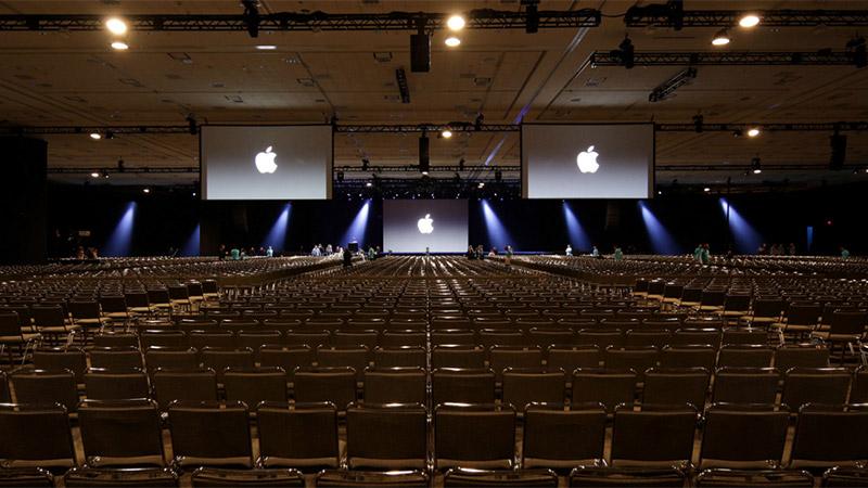 apple-event-empty-keynote