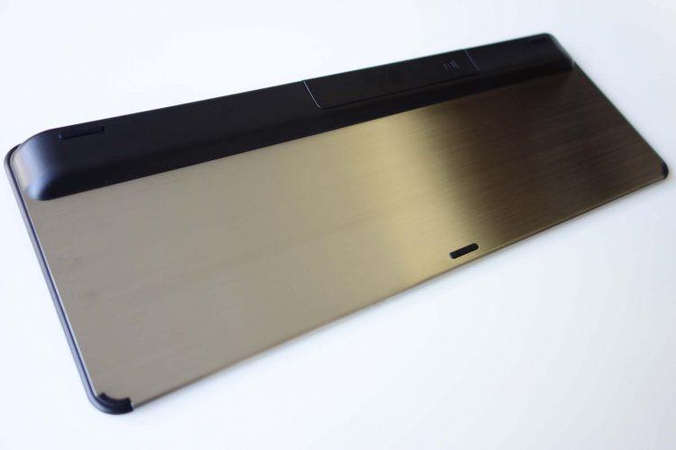 1byone-keyboard-back